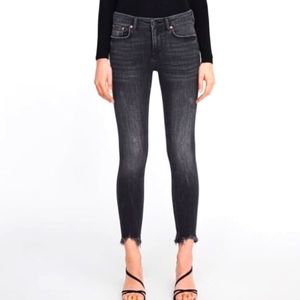 Zara Super Fried Hem Skinny Jeans